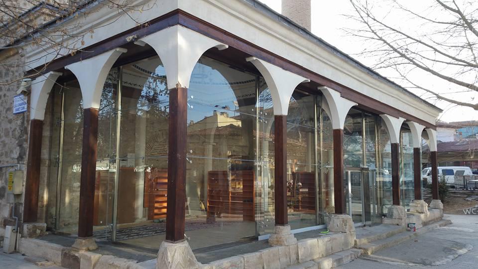 Lala Sinanpaşa Camii